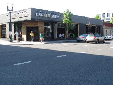 Outside view of 10 Barrel Brewing