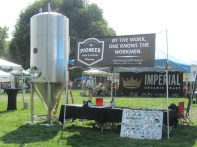 Pioneer's booth became a place to gather info on brewing.