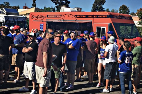 brewwings-los-angeles-food-truck-event-catering