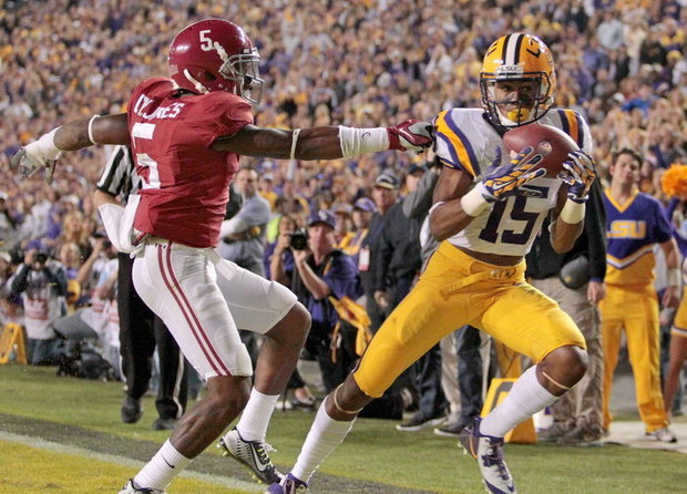 LSU has a 6-8 spread record in 14 games as a road underdog during Les Miles's tenure.