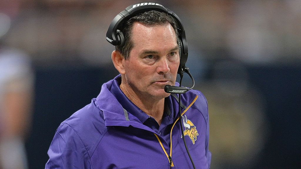 Mike Zimmer's unbeaten Vikings have the second-shortest odds (6/1) to win Super Bowl LI.