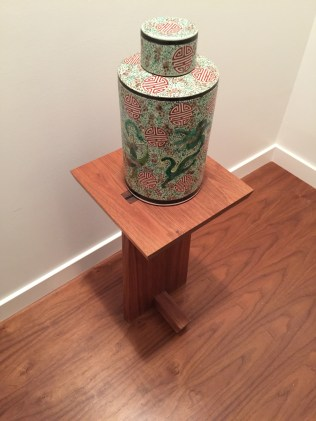 Sculpture pedestal with qing wine vessel