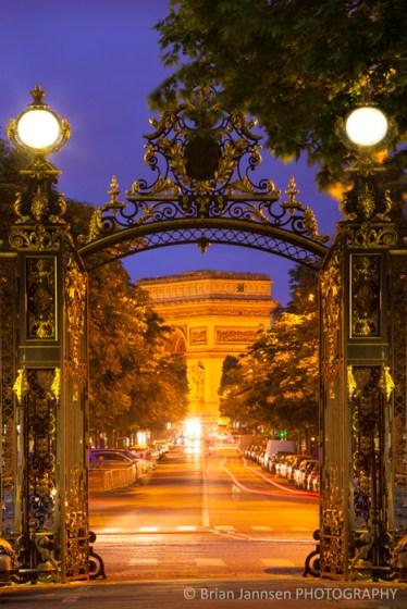 Arc de Triomphe Parc Monceau Paris France
