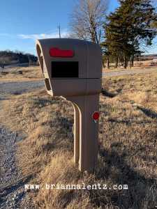 Lowe's clearance Mailbox Image