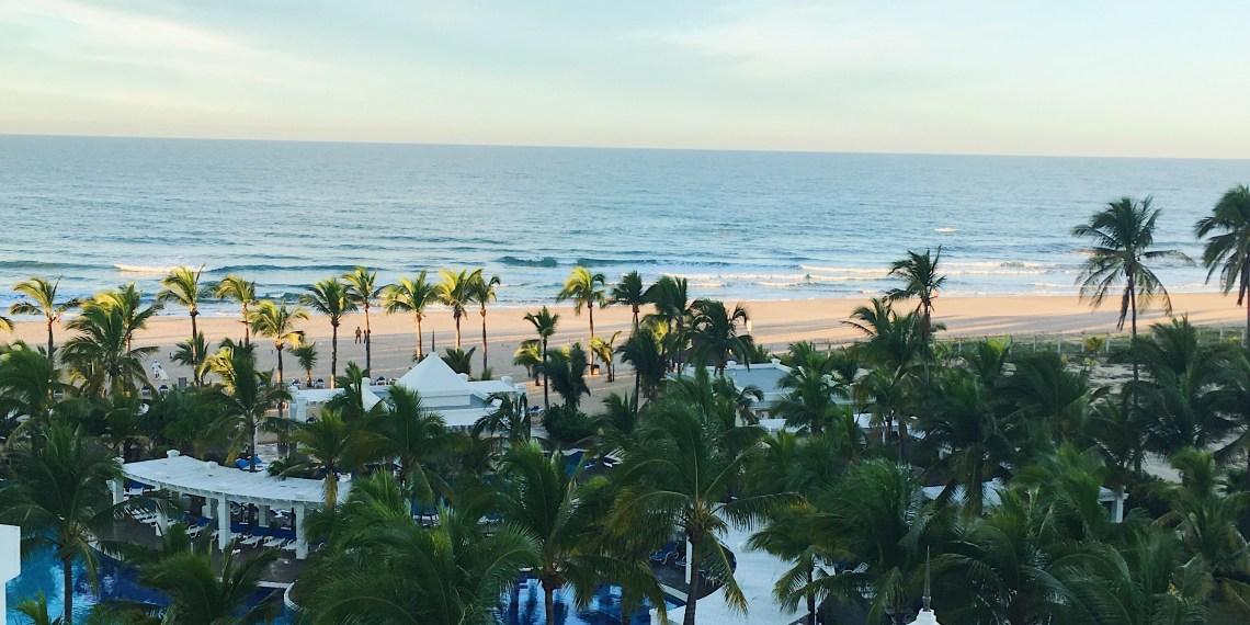 mexico rui emerald bay view resort pool plam trees