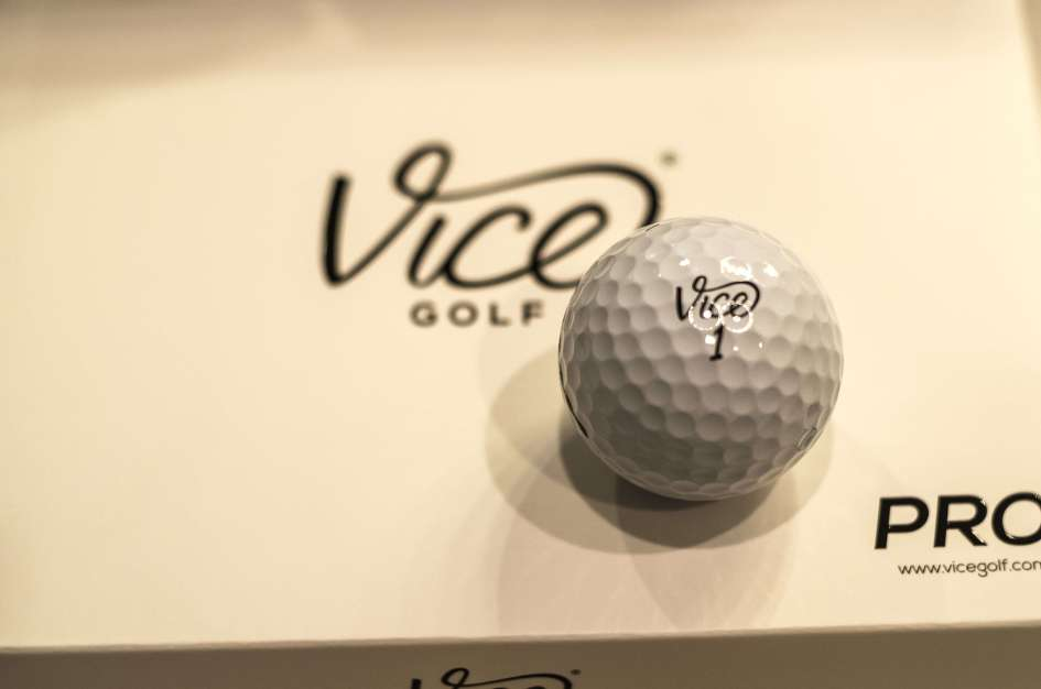 2016-08-09-Vice Golf Balls - Unboxing-257330