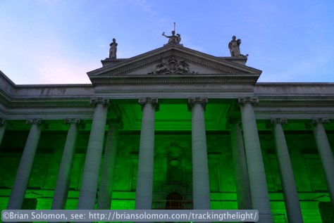 Bank_of_Ireland_in_Green_P1610711