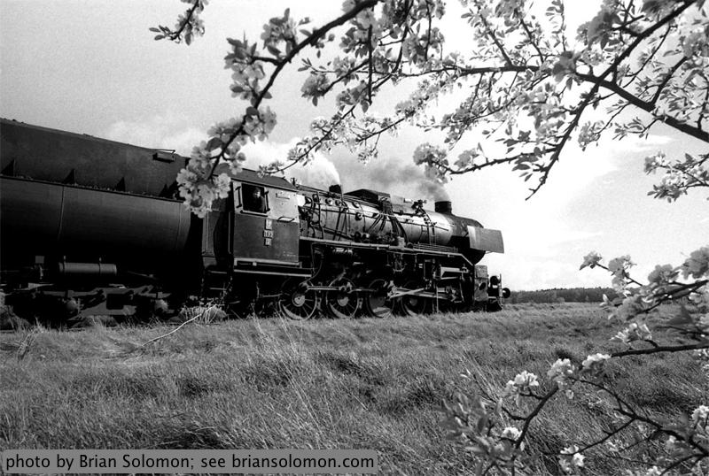 2-10-0 locomotive