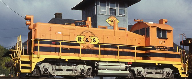 DAILY POST: Rochester & Southern EMD Switcher