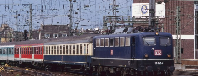 Daily Post: Deutsche Bahn Rainbow at Koln in August 1998