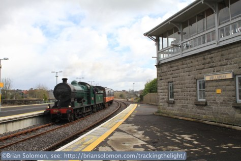 Locomotive 461 arrives at Mulligar on March 23, 2014.