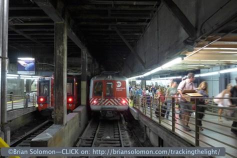 Metro_North_platform_GCT_P1050390
