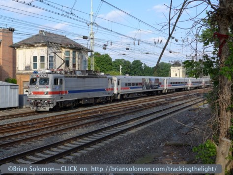 SEPTA AEM-7 2302 leads an outbound rush hour stopping train at Bryn Mawy on June 30, 2014. Lumix LX7 photo.