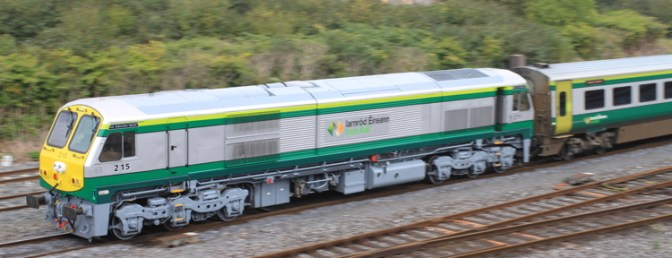 Special Post: Thursday September 18, 2014: Irish Rail 215 works Mark4 set.