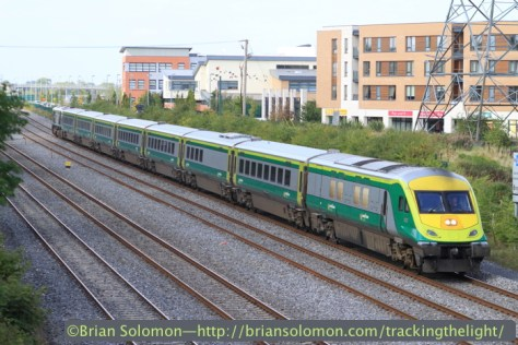 Irish Rail's Mark4 from Cork on September 9, 2014. Canon EOS 7D with f2.0 100mm lens. 1/1000th of second at f3.5 ISO 200.