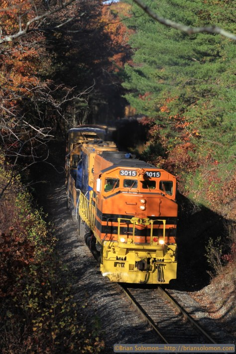 With 21 cars in tow, 610 claws its way upgrade at Smiths Bridge at Stafford Hollow Road on October 27, 2014. Canon EOS 7D with 100mm lens.