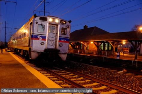 SEPTA_mu_w_Station_Prospect_Park_dusk_PJY2132