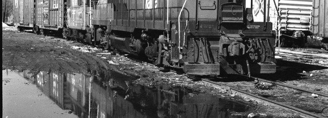 Boston & Maine GP9, Puddle and a Yellow Filter.
