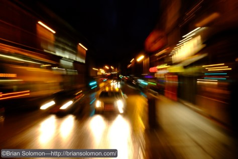Zoom-pan of a traffic on Dame Street.