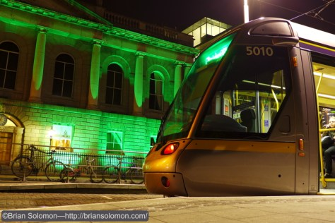 LUAS Green Line with Royal College of Surgeons, Dublin. Lumix LX-7 photo.