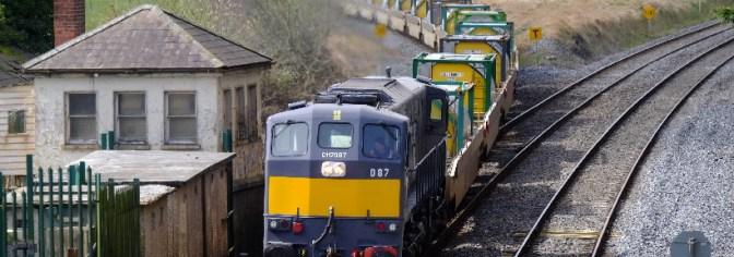 Irish Rail Freshly Painted 087 at Cherryville Junction