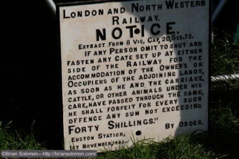 L&NW_cast_iron_sign_DSCF6431