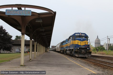 On August 21, 2010, CSX K644 rolls through Rochester, New York on the former New York Central mainline. Exposed digitally with a Canon EOS 7D.