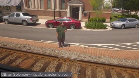 Spotting a friend on the platform at Ashland! Hey Vic!
