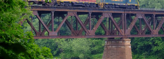 Pan Am Heritage Locomotives Cross the Connecticut—July 9 2015