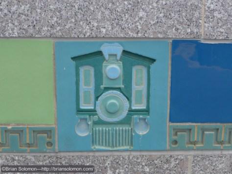 MBTA_Blue_Line_Beachmont_Station_details_P1280092