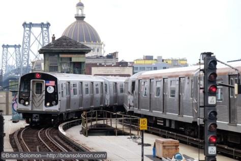 M_train_and_J_R42_at_Marcy_w_Williamsburg_Bridge_DSCF1446