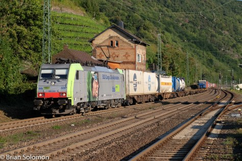 Swiss BLS intermodal train at Kaub, 5:58 pm.