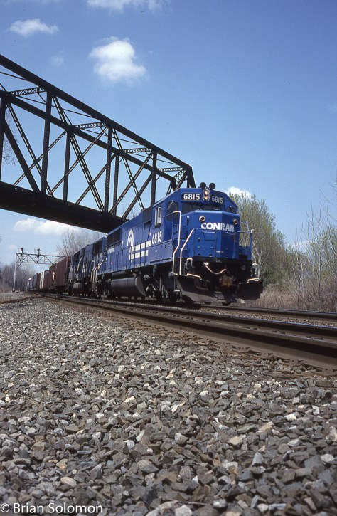 Using my Leica M2 with a 35mm Summicron, I opted for a vertical format. Conrail's CP342 near Newark, New York on 13May1989.