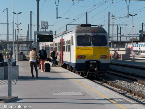AnSNCB 300 series EMU pauses at Mons. Lumix LX7 photo.