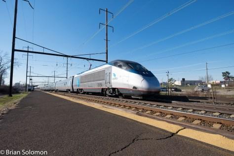 Amtrak_Acela_2250_Levittown_DSCF8613-2