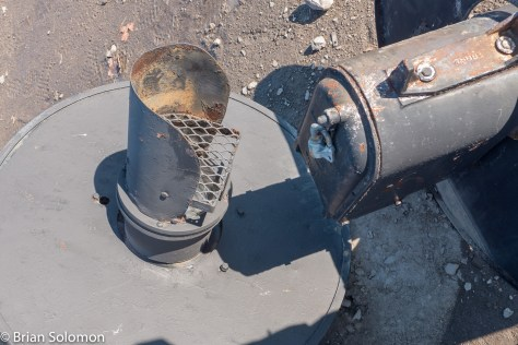 Old_searchlight_heads_P1340924