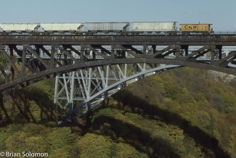 CSX CHessie System  caboose crossing the Niagara Gorge Nov 1988 Brian Solomon photo 225301