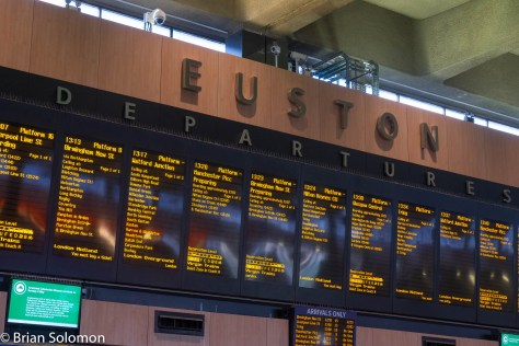 Departure boards at London Euston in May 2016. FujiFilm X-T1 photo, May 2016.