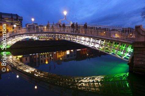 Ha' Penny Bridge over the River Liffey at dusk, 5 May 2016. Lumix LX7 photo.