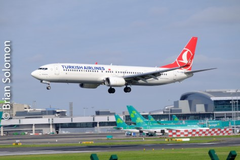 turkish_airlines_landing_at_dublin_dscf4272