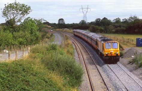 irish-rail_top_of_ballybrophy_bank_aug_2006_brian_solomon_193343