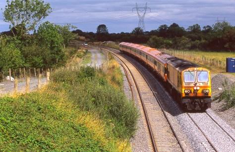 irish-rail_top_of_ballybrophy_bank_aug_2006_brian_solomon_193345