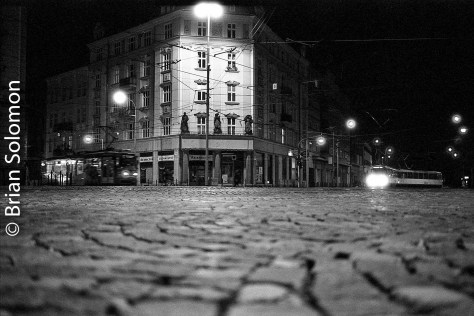 olomouc_trams_15-oct_2016_bw-at_night_brian_solomon_331631