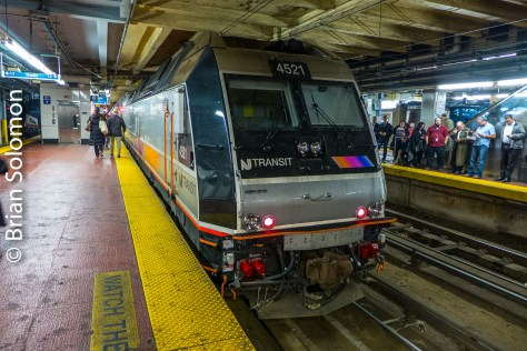 New York's Pennsylvania Station. Lumix LX7 photo.
