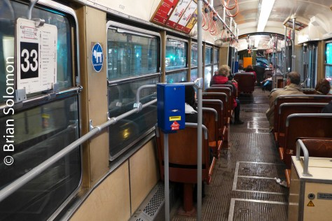 tram_interior_vienna_on_p1540464