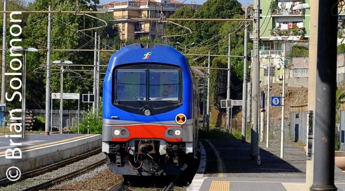 Trenitalia Double Deck at Roma Trastevere; Zoom versus Prime