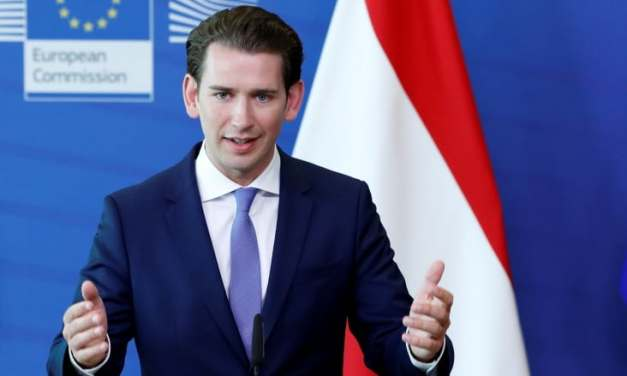 Austria: The government loses no-confidence motion.