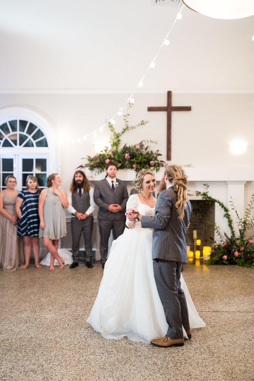 Ribault-Club-Wedding-Jacksonville-Florida-Wedding-Photographers_0083