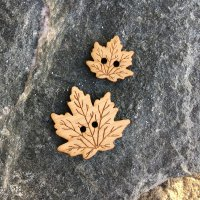 Natural Maple Leaf Buttons