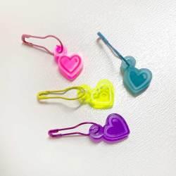heart, acrylic, stitch, markers, knitting